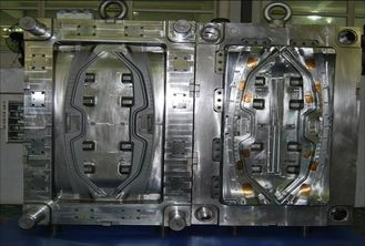 China Automotive plastic injection mould for auto parts PA66 GF30 material hot runner mold supplier