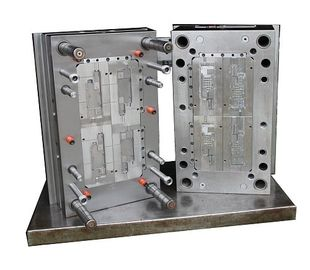 Whith Motorhalter OEM Injection Molding Tools , 4 Cavities Multi Cavity Mould